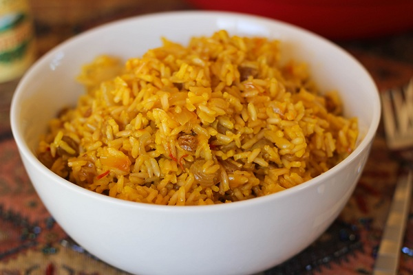 Saffron Rice with Golden Raisins & Pine Nuts – An Edible Mosaic ...