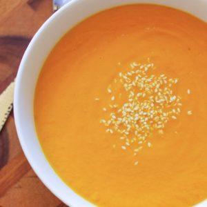 Thai Carrot Soup - vegan, paleo, gluten-free, easy to make! | TheRoastedRoot.net #healthy #recipe #paleo