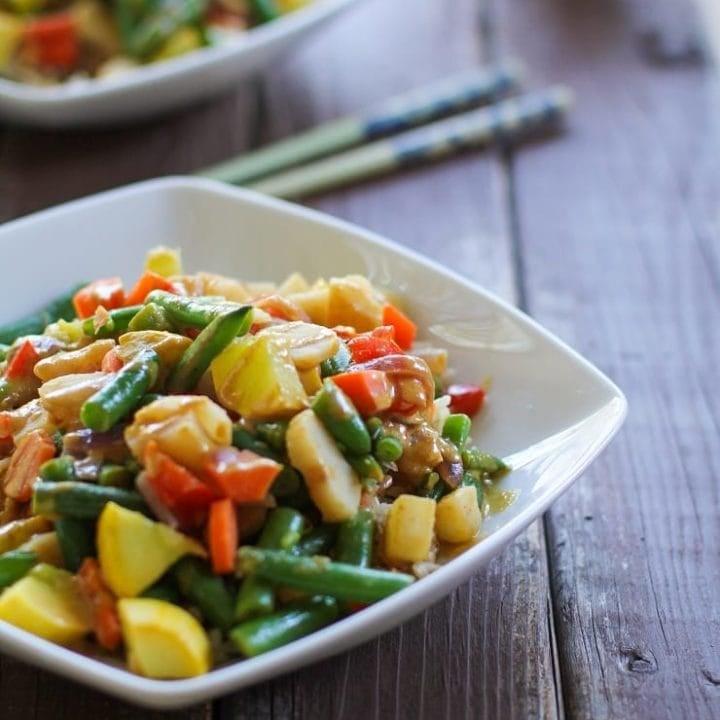 6-Vegetable Stir Fry with Peanut Sauce is an easy weeknight vegetarian meal