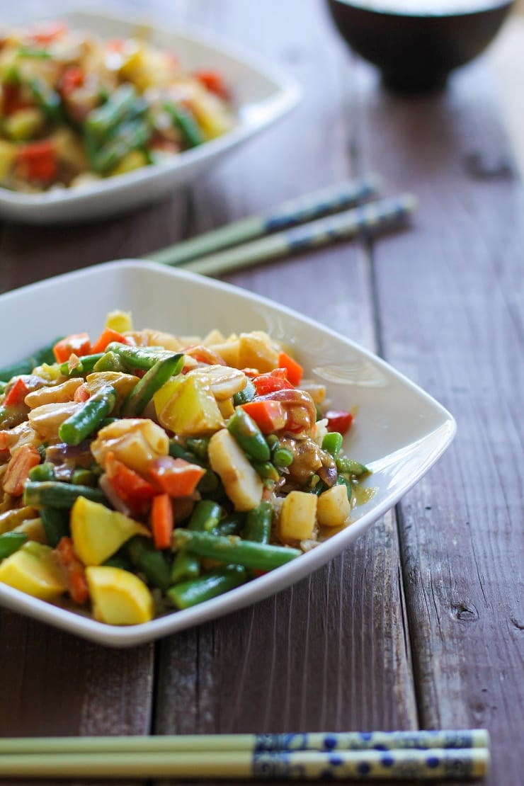 6-Vegetable Stir Fry with Peanut Sauce is an easy weeknight vegetarian meal