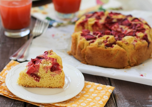 Gluten Free Strawberry Rhubarb Cake