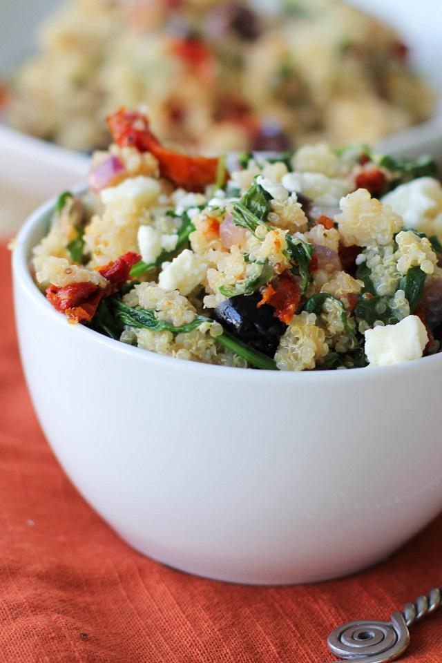 Mediterranean Quinoa Salad   TheRoastedRoot #healthy #recipe #vegan #grainfree #paleo #glutenfree #vegetarian