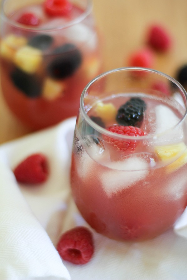 Pineapple Rosé Sangria | http://www.theroastedroot.net