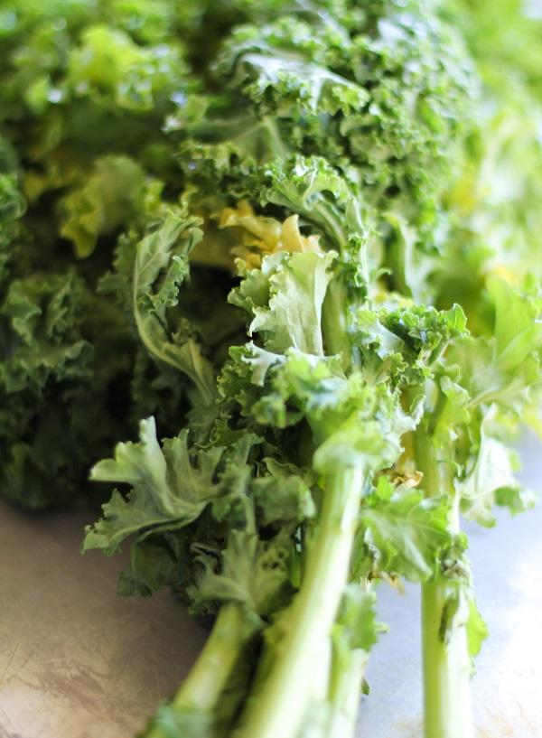 Kale Chips | http://www.theroastederoot.net