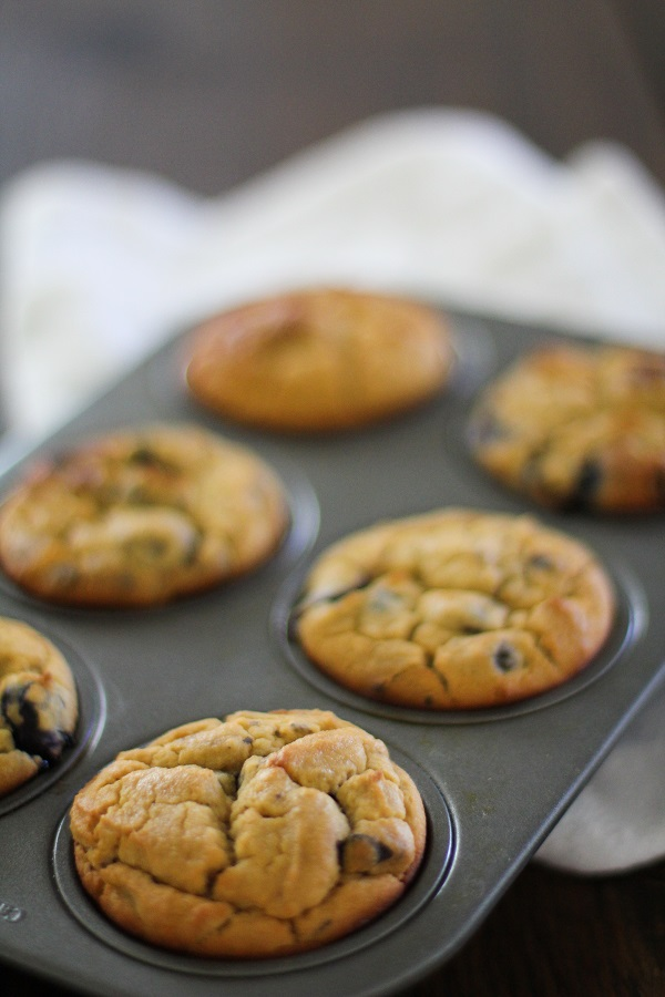Gluten Free Blueberry Chocolate Chunk Muffins | http://www.theroastedroot.net
