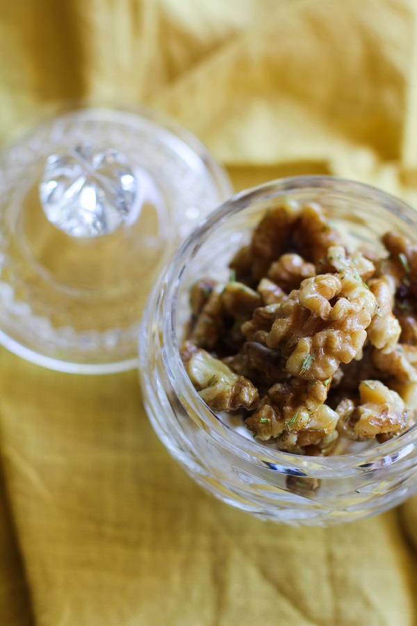 Rosemary Candied Walnuts | https://www.theroastedroot.net