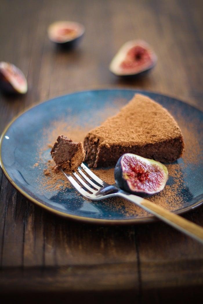 Gluten Free Chocolate Fig Cake | https://www.theroastedroot.net