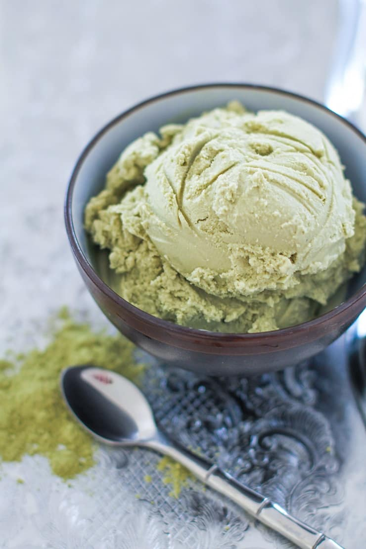 Green Tea Coconut Milk Ice Cream made with only a few ingredients! Matcha, coconut milk, and pure maple syrup is all you need to make this healthy dessert!