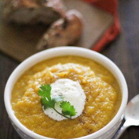 Crock Pot Butternut Squash and Parsnip Soup | https://www.theroastedroot.net