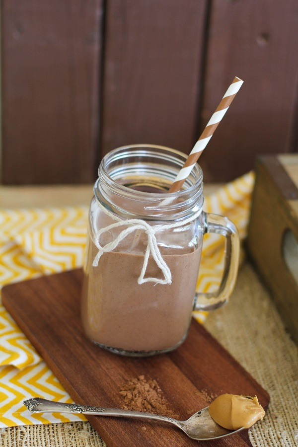 Smoothie from Delicious Probiotic Drinks, cookbook by Julia Mueller