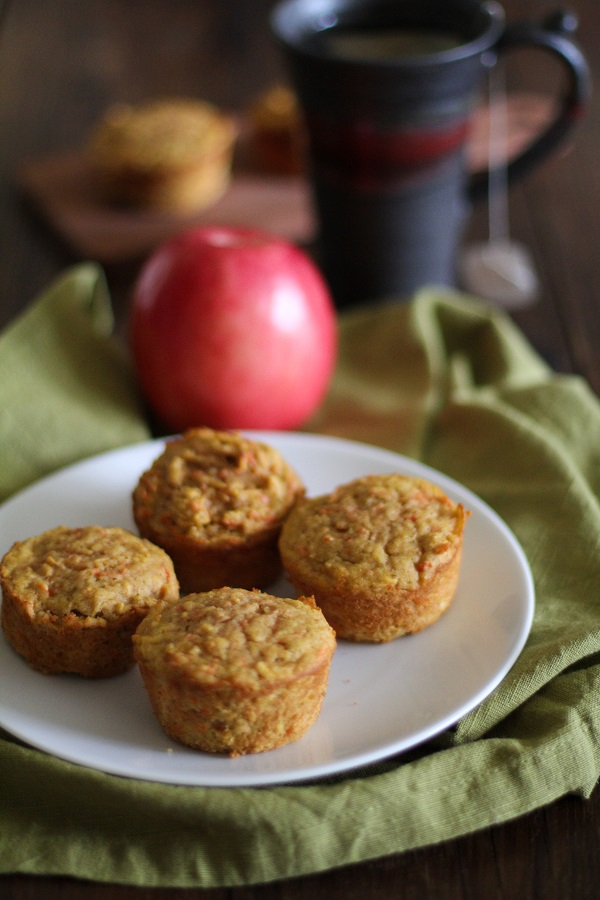 Spiced Apple Carrot Muffins (gluten-free and naturally sweetened)   www.theroastedroot.net