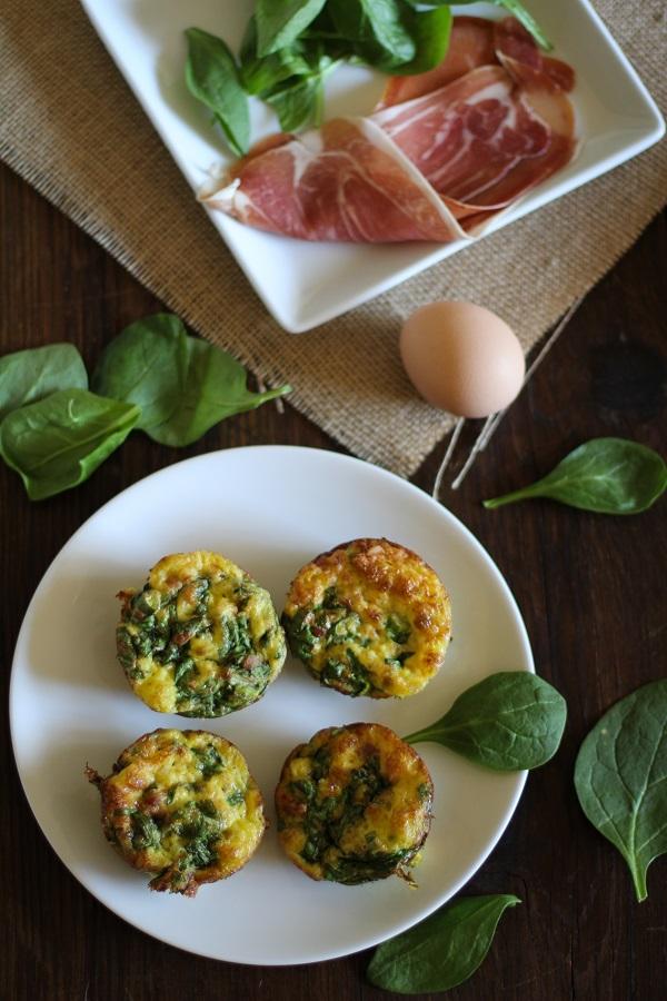 Spinach & Prosciutto Mini Frittatas | http://www.theroastedroot.net #passtheprosciutto