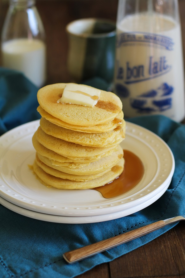Buttermilk Cornbread Pancakes (gluten free) | www.theroastedroot.net