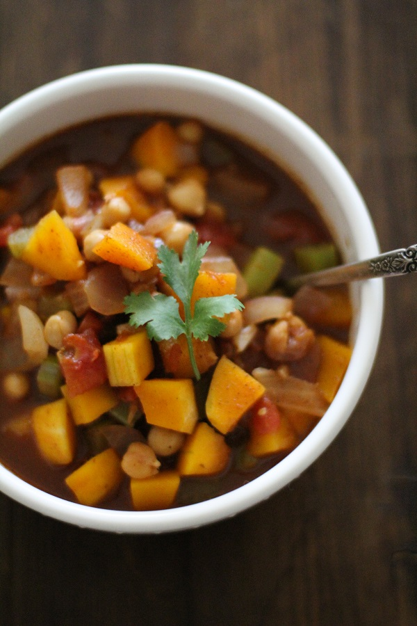 Butternut Squash & Chickpea Chili | www.theroastedroot.net
