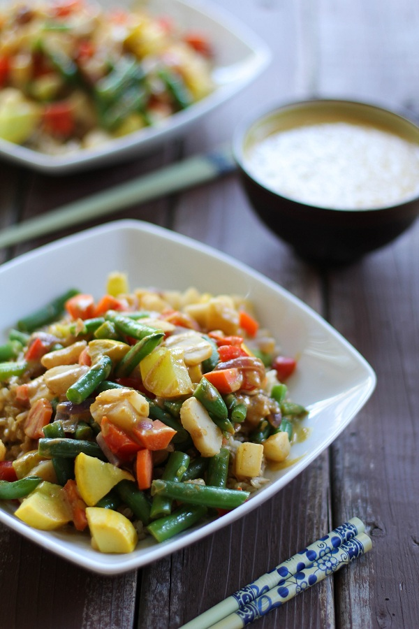 Vegetable Stir Fry with Thai Peanut Sauce | www.theroastedroot.net