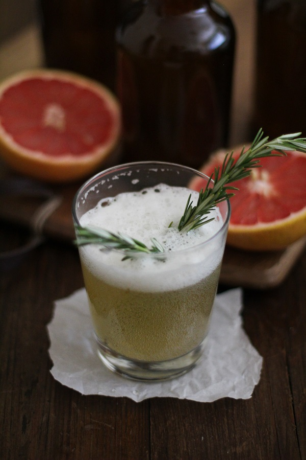 Grapefruit Rosemary Kombucha | www.theroastedroot.net