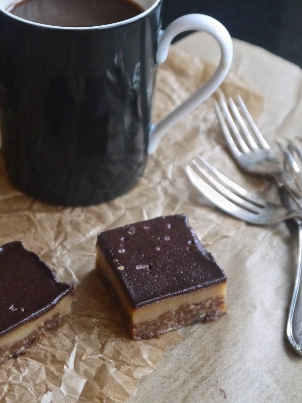 Raw Caramel Slices from Annie's Hungry