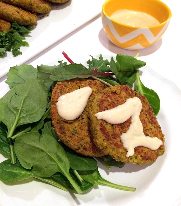 Ginger Peanut Chickpea Sliders with Sweet Lime Cashew Cream (guest post by Hummusapien)   www.theroastedroot.net