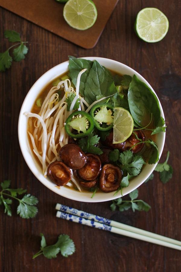 30-Minute Vegetarian Pho Soup