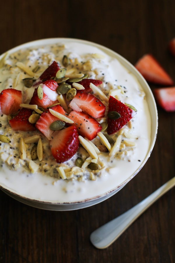 Overnight Oats With Chia Seeds Strawberries And Slivered