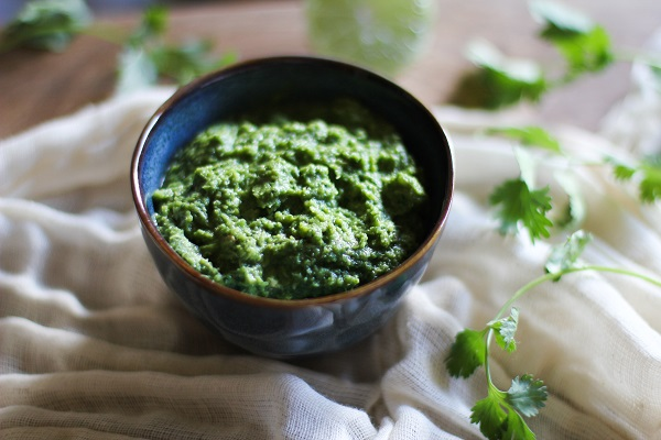 easy homemade green curry paste