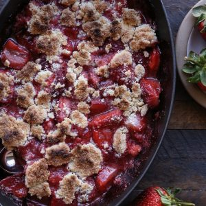 Paleo Strawberry Crumble - a grain-free, refined sugar-free vegan dessert recipe only requiring a few ingredients