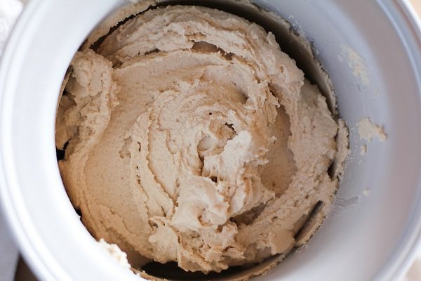 Peanut Butter Chocolate Swirl Ice Cream | dairy-free, sugar-free, vegan