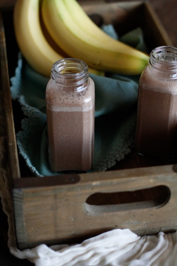 Chocolate Hemp Seed Smoothie | Full of protein, antioxidants, and minerals