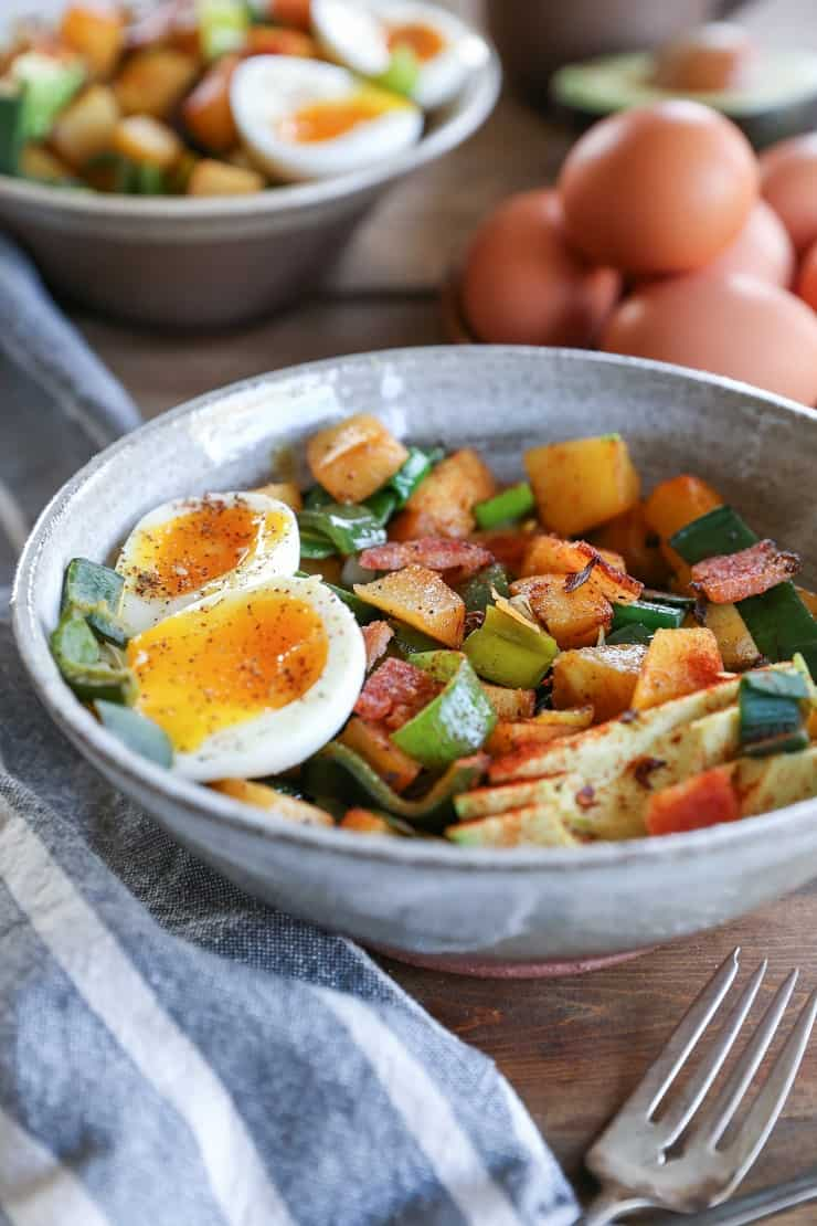 Rutabaga Hash with Chiles and Bacon - a nutritious breakfast perfect for starting the day off right! #paleo #healthy #breakfast