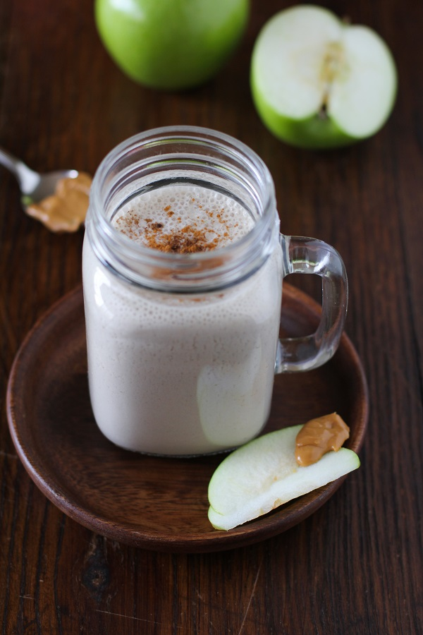 Apple Pie Almond Butter Smoothie