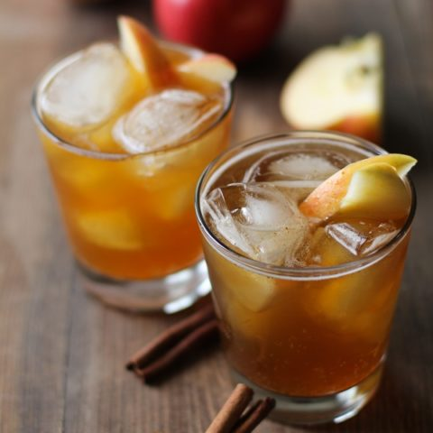 Apple Cider Kombucha - an easyrecipe for flavoring your homemade kombucha