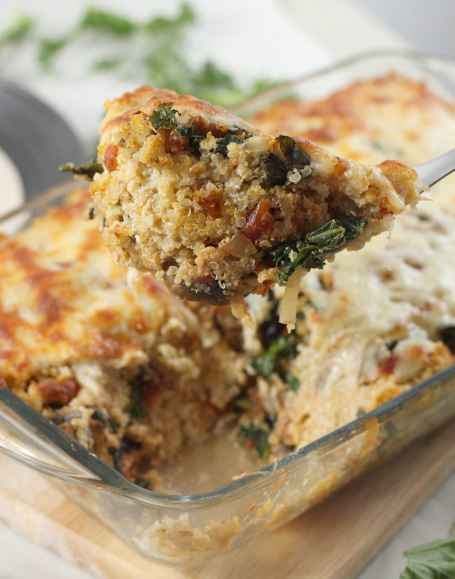 Creamy Portobello Kale and Quinoa Bake #glutenfree #Thanksgiving