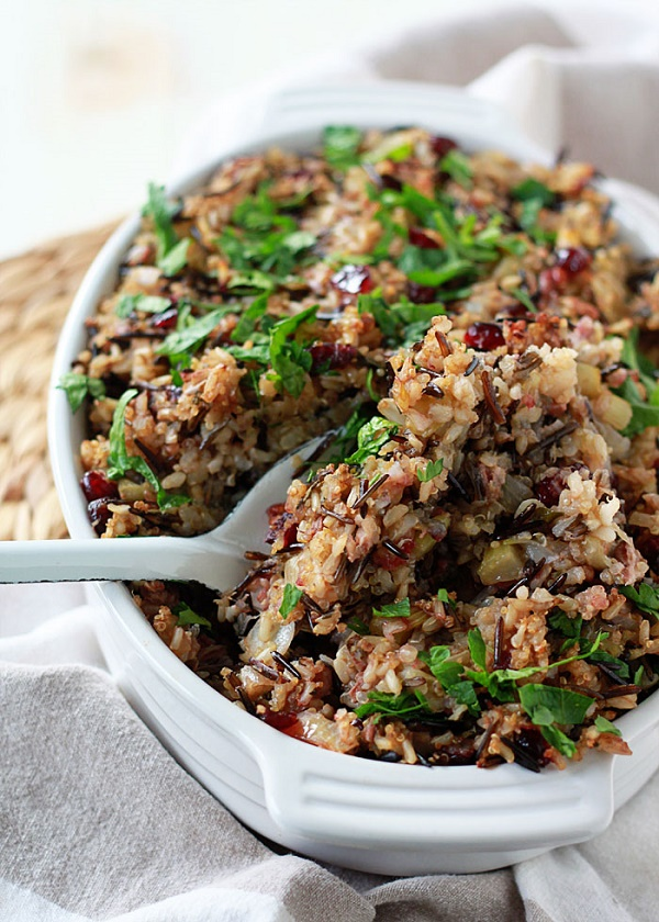 Herbed Wild Rice and Quinoa Stuffing #glutenfree #Thanksgiving