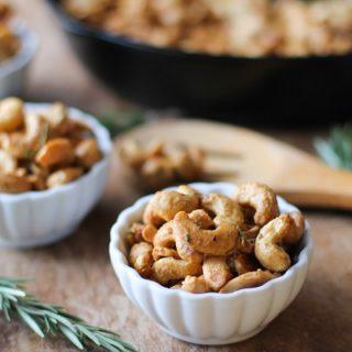 Maple and Rosemary Toasted Cashews
