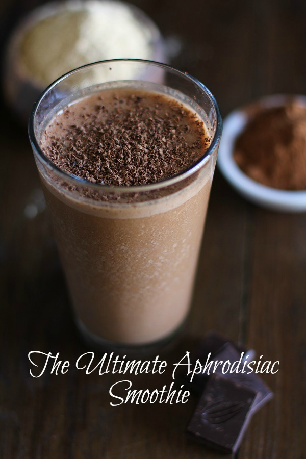 Aphrodisiac Smoothie with Raw Cacao and Maca Powder #vegan