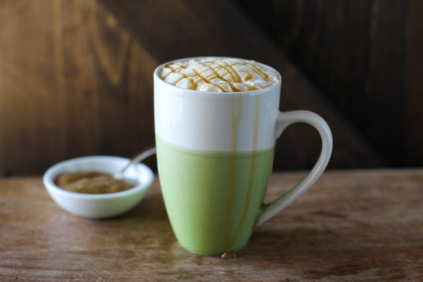 Naturally Sweetened Caramel Macchiato (vegan and cane sugar-free)