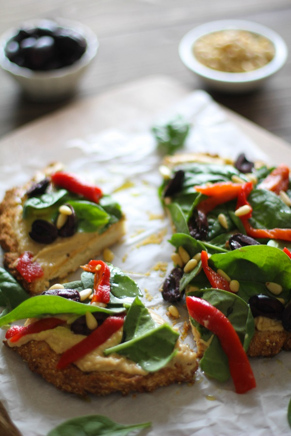 Greek Hummus Pizza #glutenfree @sabradippingco