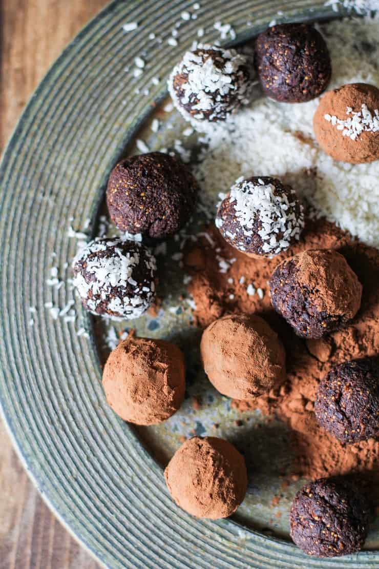Rum Cardamom Fig Chocolate Truffles - vegan, paleo, and delicious! The perfect holiday gift.