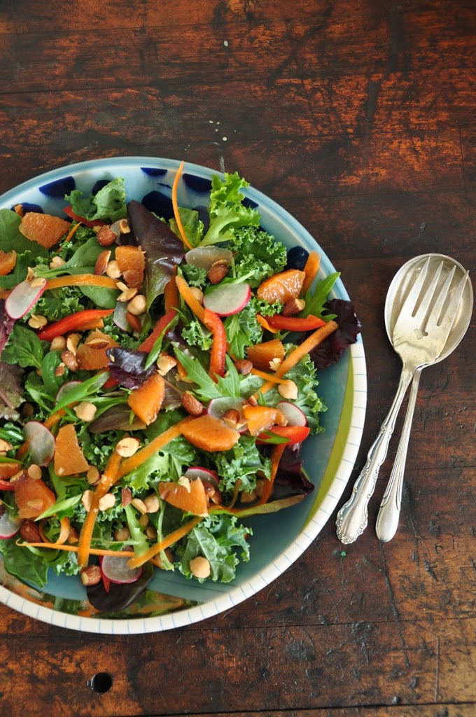 Kara Kara, Orange, and Smoked Almond Kale Salad from Hola Jalapeno