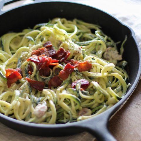 Dairy-Free Zucchini Carbonara - a healthful lightened up carbonara recipe made with cauliflower #glutenfree #dairyfree #paleo #zoodles