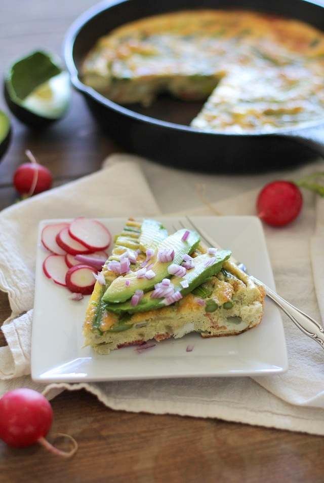Bacon and Asparagus Frittata | theroastedroot.net #breakfast #brunch #recipe #paleo @roastedroot