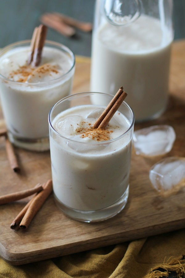 Naturally Sweetened Horchata Cocktails | theroastedroot.net #bourbon #cincodemayo #cocktail #recipe #sugarfree #vegan #dairyfree
