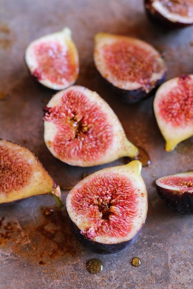 Maple Roasted Figs with Cinnamon | TheRoastedRoot.net #vegan #healthy #dessert