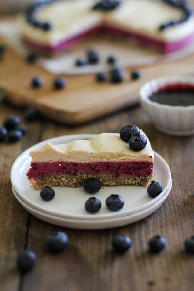 No-Bake Blueberry Beet Cheesecake #vegan #healthy #paleo #recipe #dessert