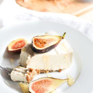 No-Bake Vegan Cheesecake (grain-free and paleo)