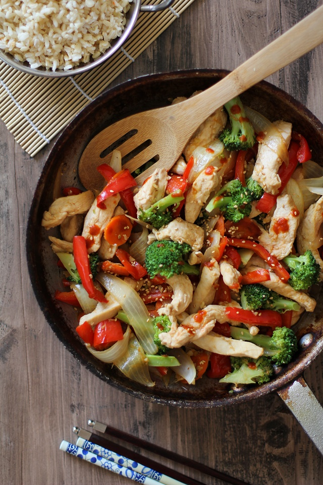 30-Minute Garlic Ginger Chicken Stir Fry | TheRoastedRoot.net #healthy #dinner #recipe #paleo #glutenfree