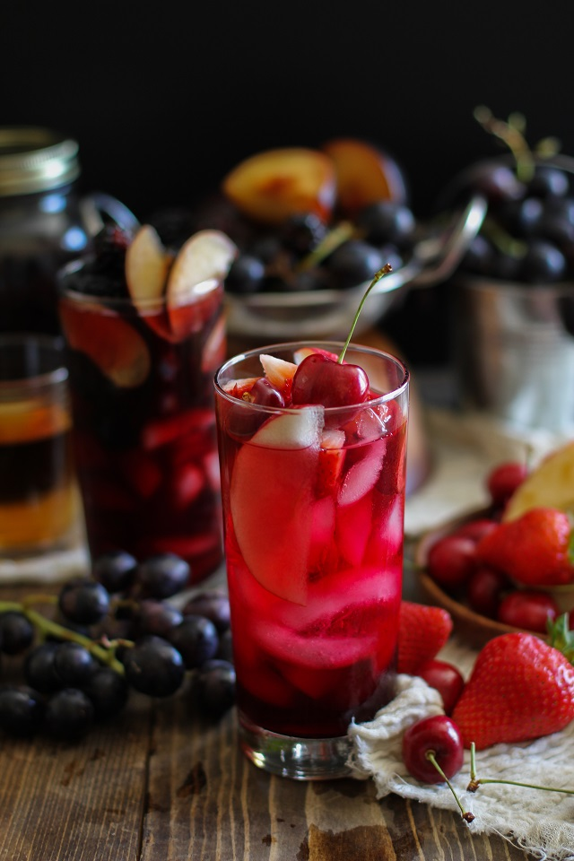 Spooky Sangria for Halloween - 2 Ways! - easy, naturally sweetened, skinny cocktails