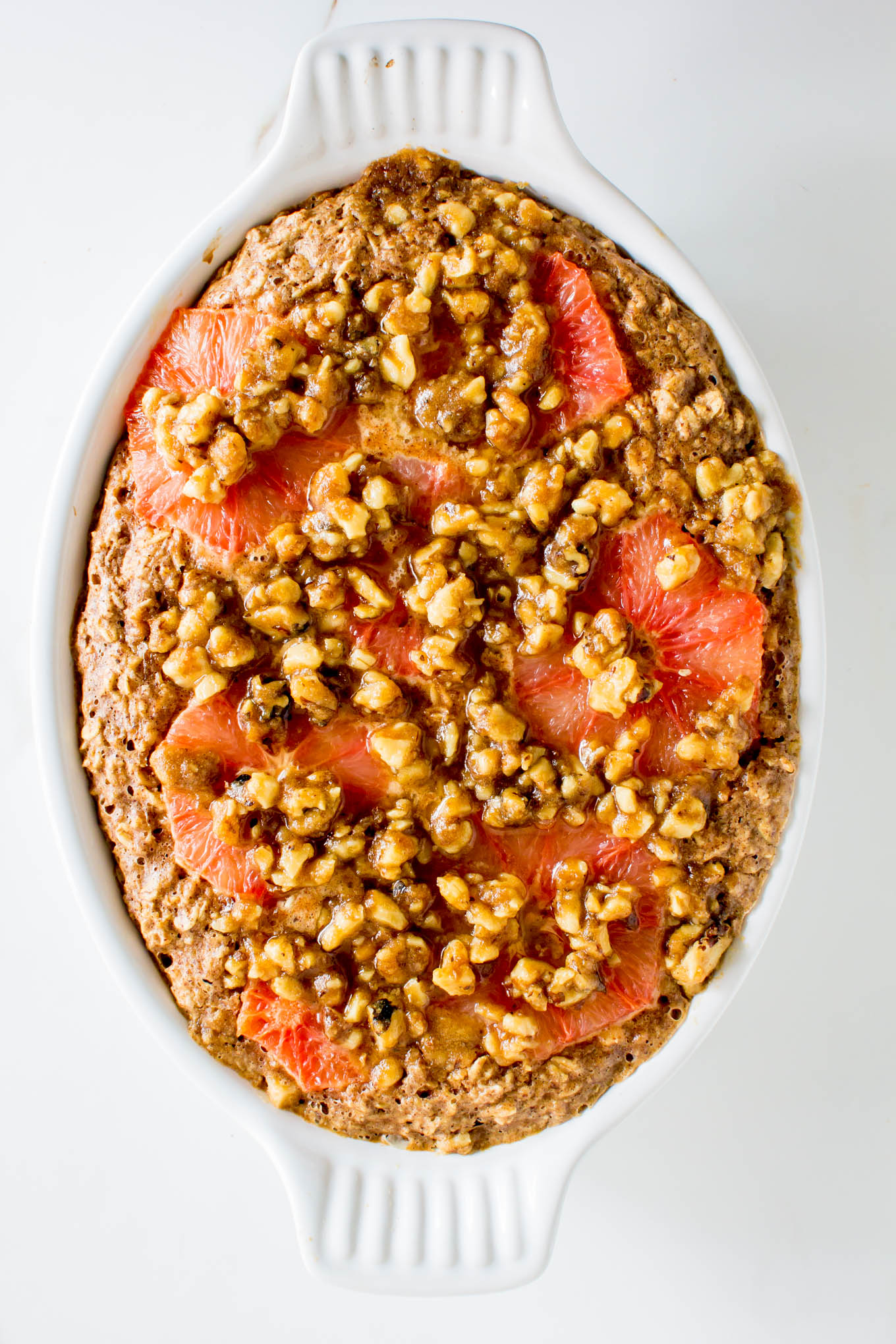 Grapefruit Baked Oatmeal with Walnut Streusel + 5 Healthy Ways to Eat Citrus Fruit