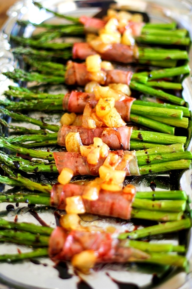 Prosciutto-Wrapped Asparagus with Balsamic Reduction and Caramelized Pears | TheRoastedRoot.net #inspiredGathering #ad @mysmithsgrocery