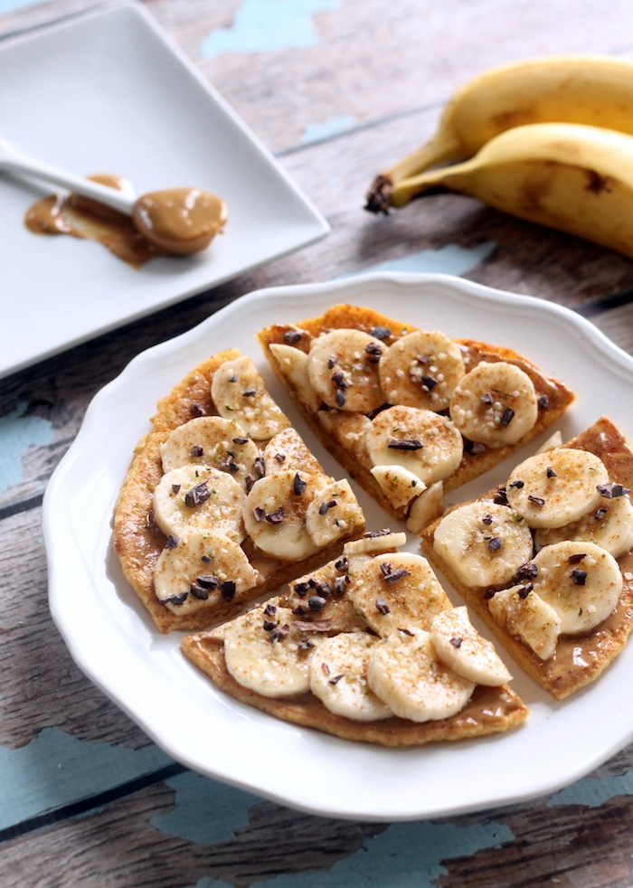 Peanut Butter Banana Breakfast Pizza + 5 Healthy Brunch Recipes